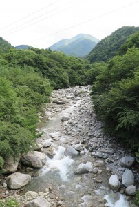 甘利山から武川町へ