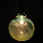 海の底から昇る泡のランプ