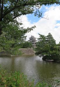 松本城遠景