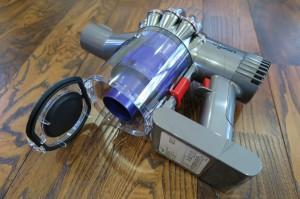 ダイソンデジタルスリム ゴミ捨て方法1
